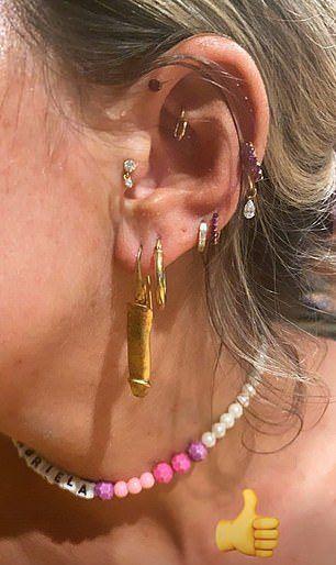 fülbevaló két pénisz