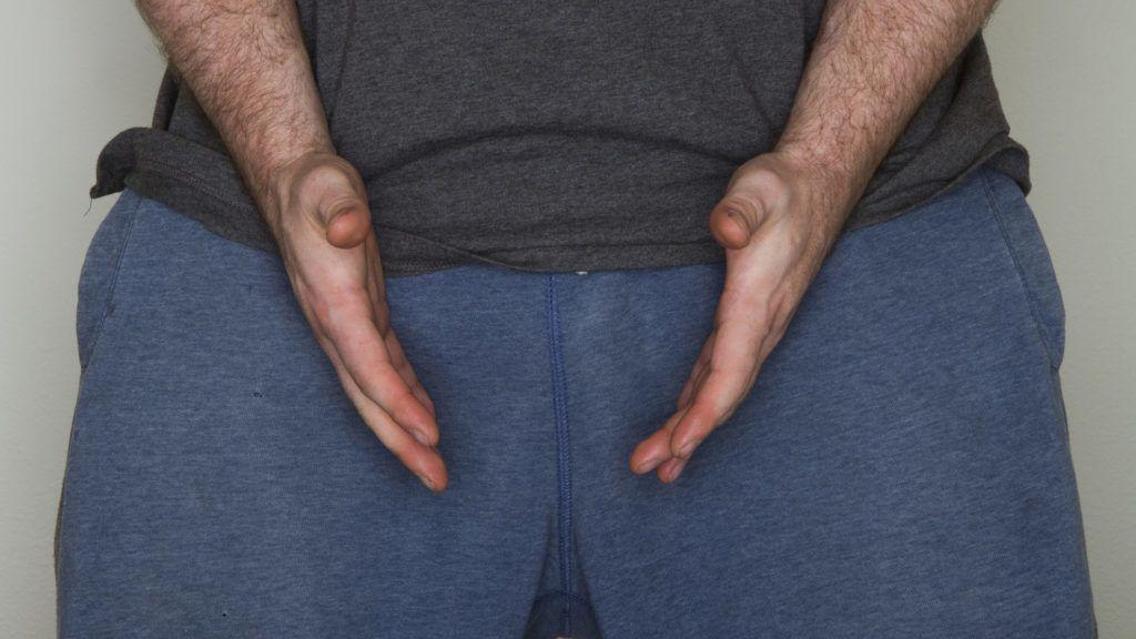 női kéz és a pénisz