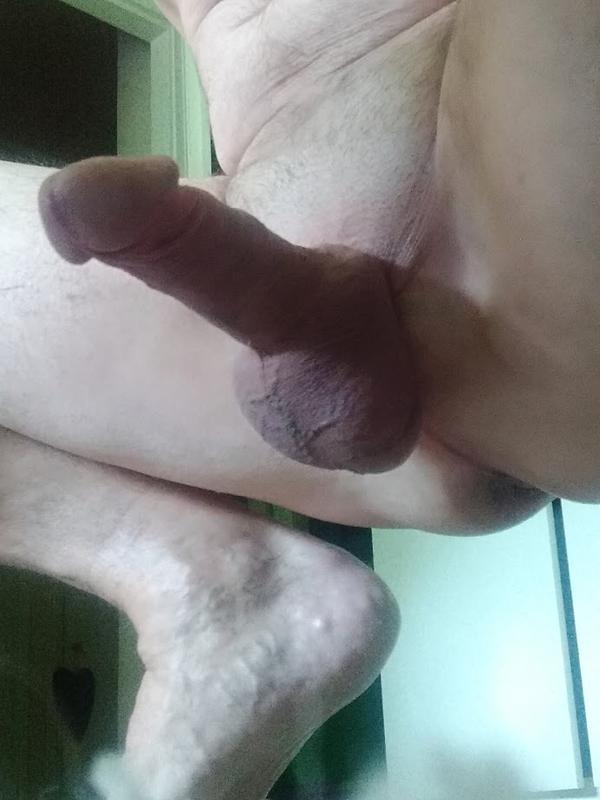 A szexshop nem tabu: Martini ízű sikosítótól a pénisz alakú sípig | VAOL