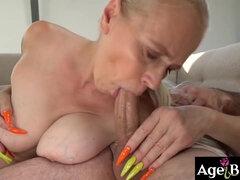 pénisz a nagyi