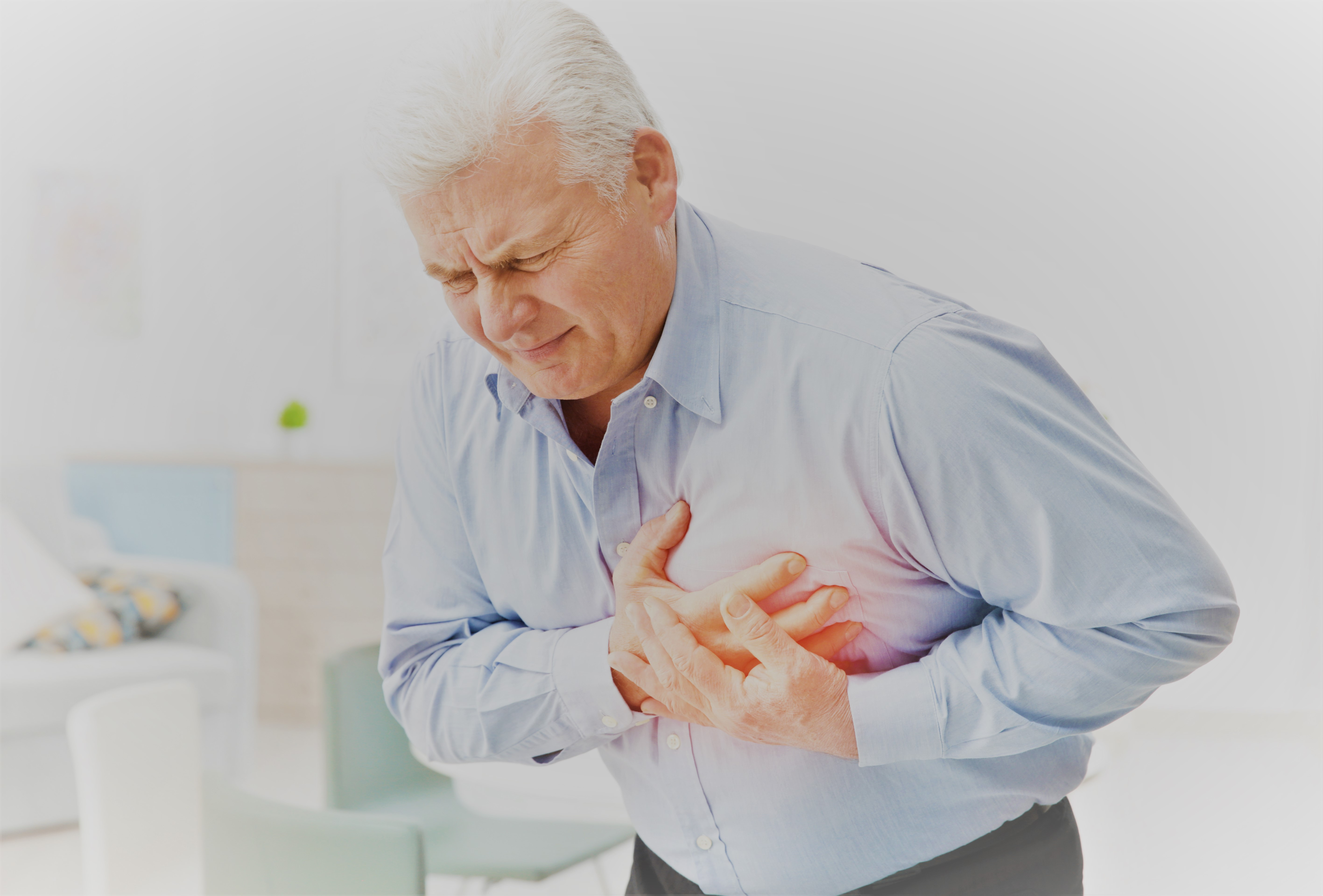 fájdalom a bal oldalon az erekció során