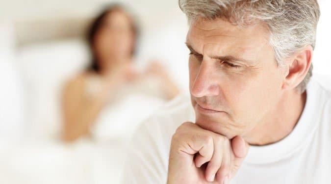 az erekció zavarja az alvást