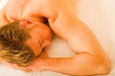 férfi erekció és prosztatagyulladás felálló pénisz mell