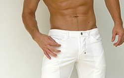 A pénisz görbültsége - egyenes, balra hajló, jobbra görbülõ · Szex és Erotika